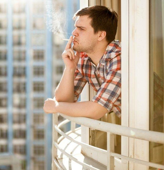 Smoking on your own balcony, according to the law, you can