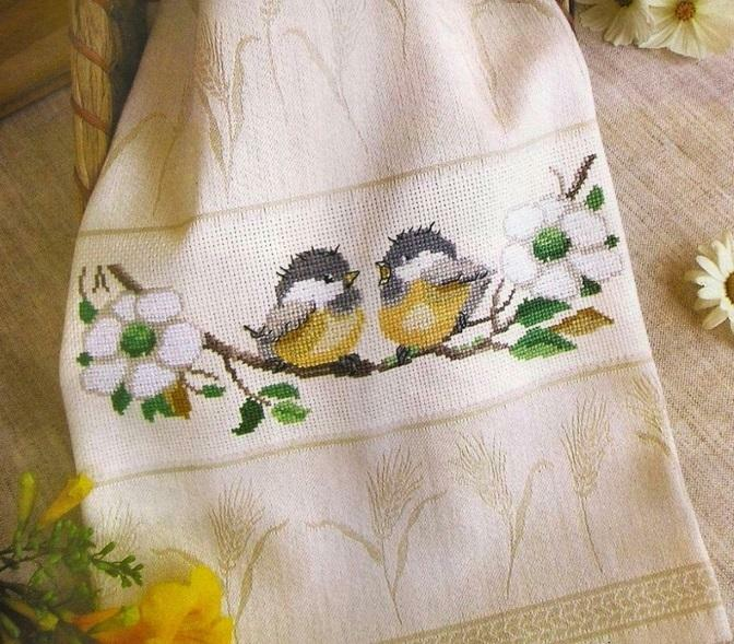 Embroidery with a cross of towels: embroidery schemes for free, waffle patterns, Bulgarian embroidered