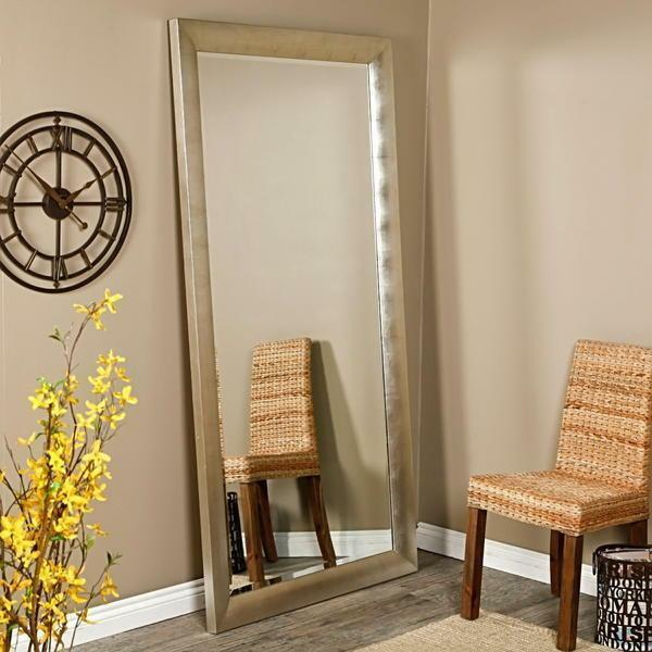 A large mirror in the hallway creates a feeling of integrity and safety of the room