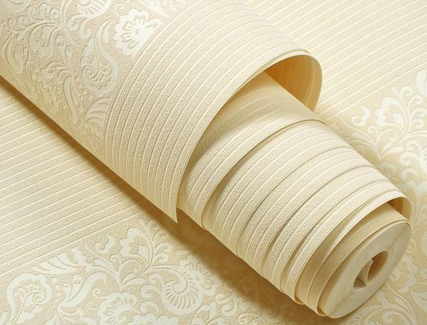 Flizelinovye wallpaper have excellent strength characteristics, environmentally friendly, since they are 70% of paper