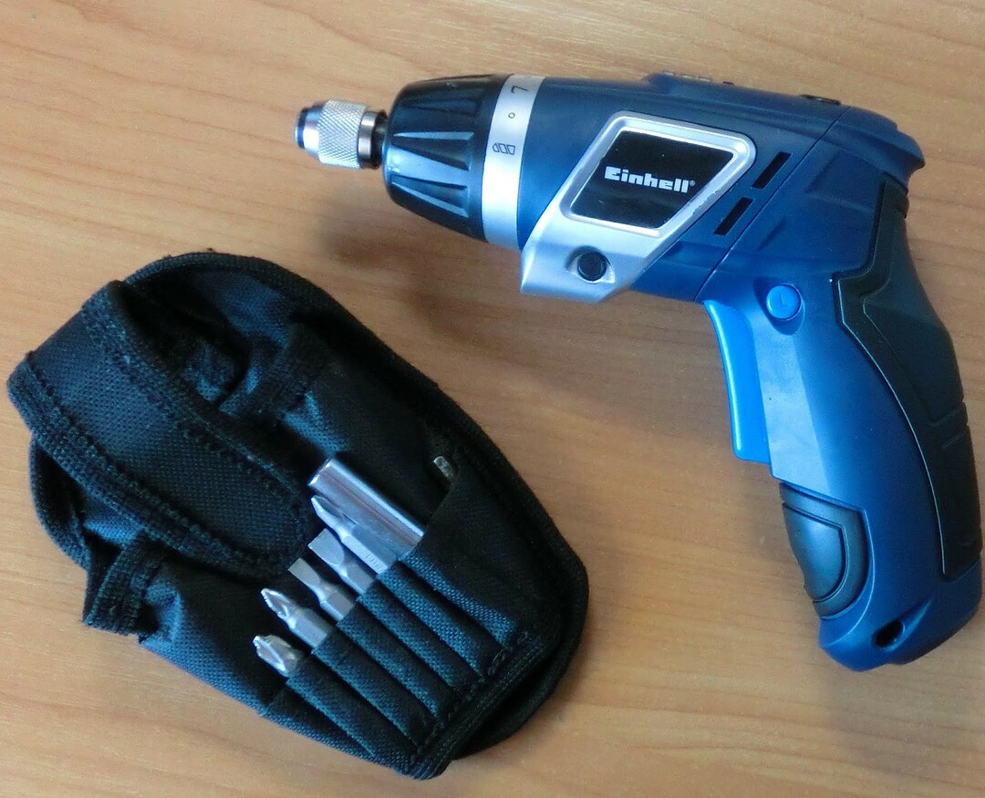 Cordless Screwdriver: RPM, voltage and other parameters, how to choose, videos and photos