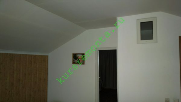 The photo - a plasterboard ceiling and walls separating room, bedroom and bathroom.