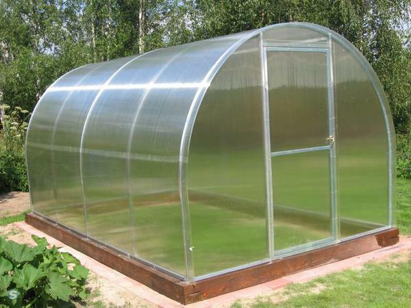 Greenhouses from the pipe 25x25: arcs for a greenhouse, round diameter with own hands, tube and polycarbonate installation