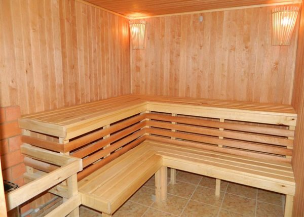 Finish baths inside: options for interior design sauna and relaxation rooms, video and photos