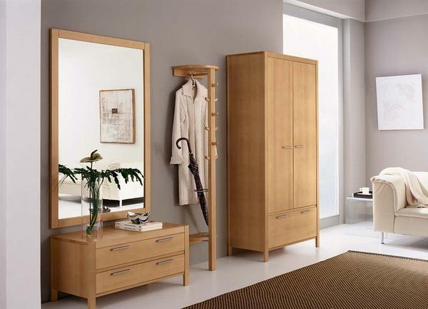 Entrance from solid wood: furniture photo, pine and oak, birch pedestals from the manufacturer, cabinet