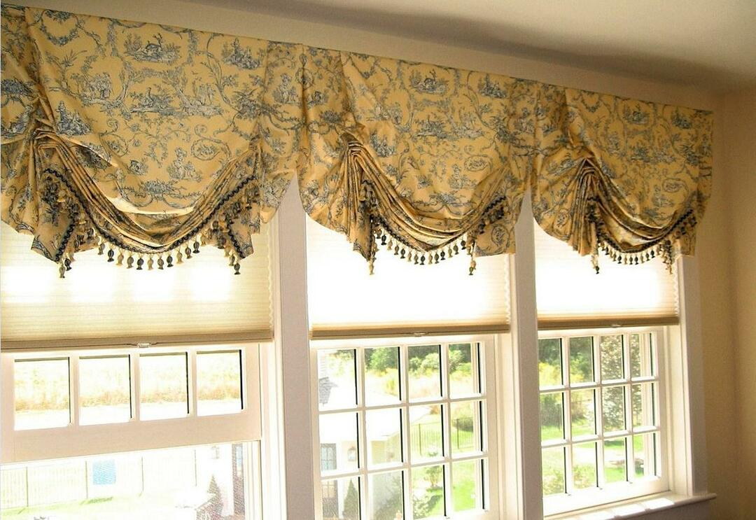 London curtains: in English style, photo, London with own hands, master class, windows in the kitchen and living room