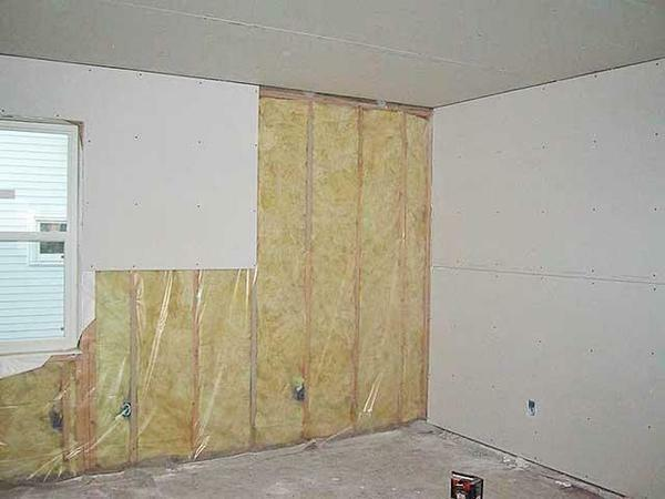 Before plastering walls with plasterboard, pick up all the necessary materials and prepare the room