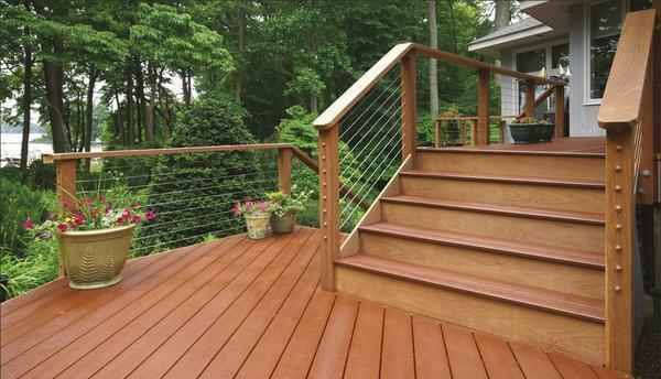 When choosing material for stairs, special attention should be paid to the quality of the material