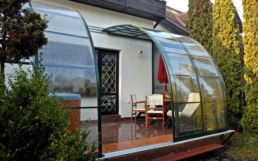 With the polycarbonate can be quickly and easily build a terrace or veranda