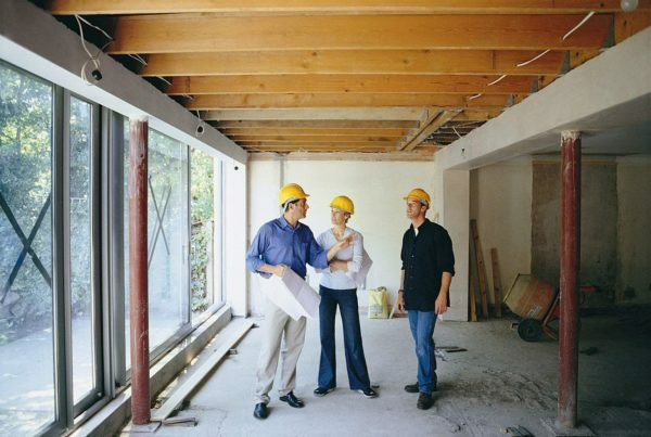 Profitable ordered home renovations turnkey one contractor, while the individual stages of finishing, ordered from different artists, will cost more