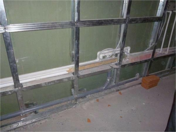 Alignment of walls with plasterboard without a frame: in the bathroom under the tile, with your own hands on glue, as with GKL without a profile