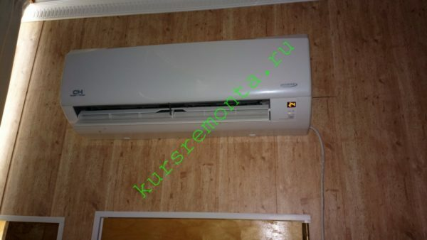 For heating the attic area of ​​60 squares corresponds to the only air conditioner.