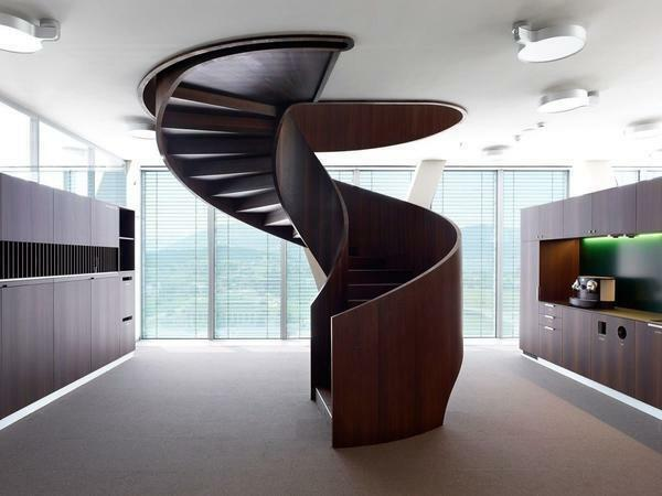 In order to quickly install a spiral staircase in the room, it is better to seek the help of specialists
