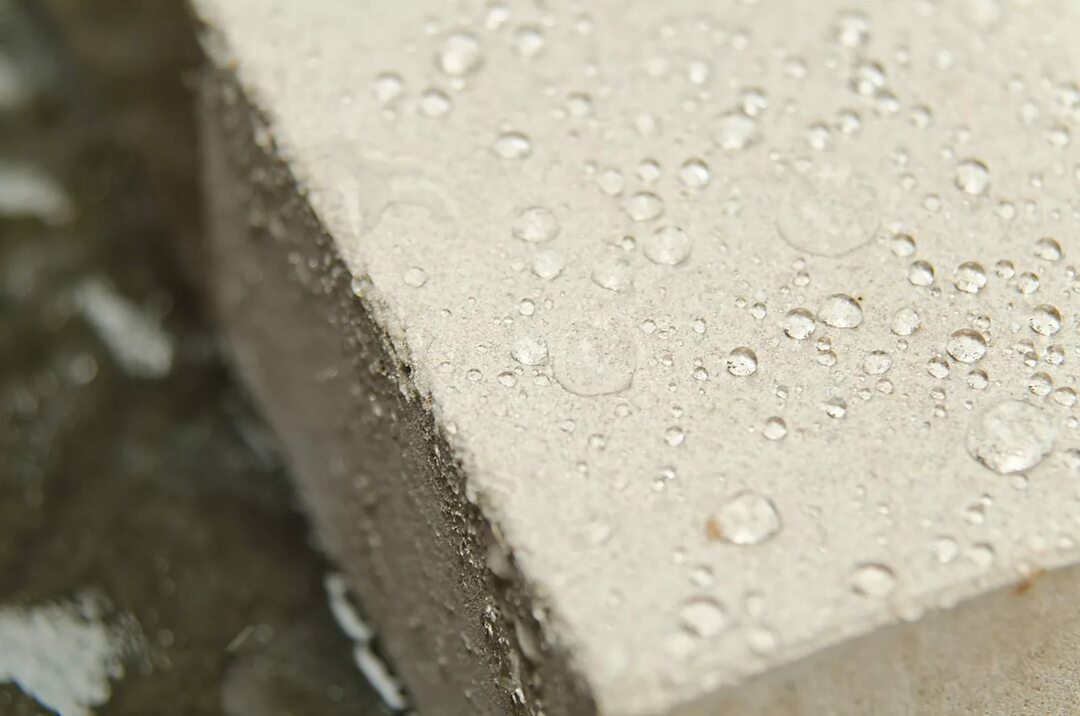 Penetrating waterproofing increases the water resistance of concrete