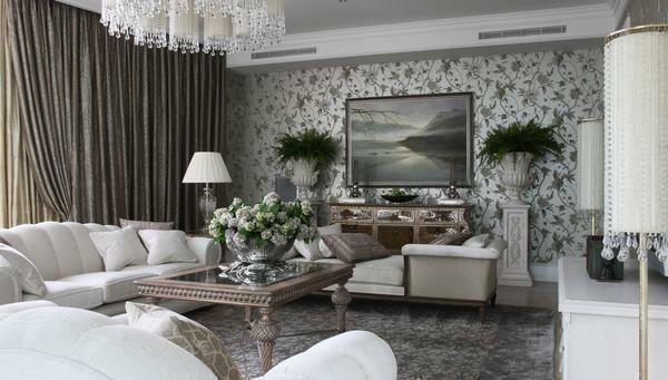 Floral wallpapers have always been an excellent option for a classic living room