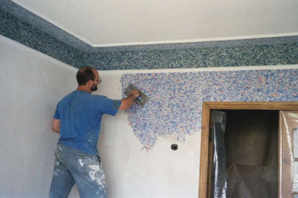 How to glue liquid wallpaper: preparation of walls, Application Instructions his hands, videos and photos
