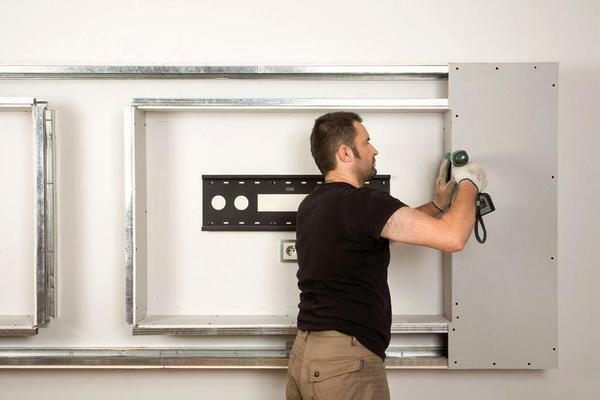 Additional fixing of plasterboard shelves is necessary to ensure the safety of objects located on them