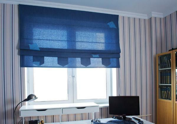 Choose Roman curtains in the nursery follows, based on the personal preferences of the child