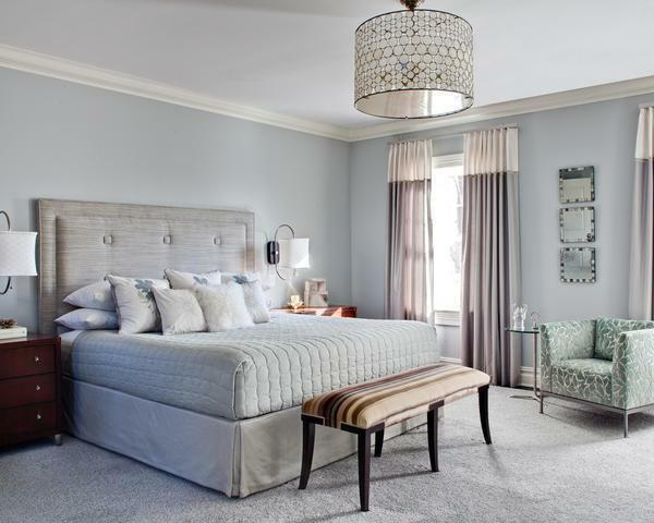 If the bedroom is small, it is recommended to apply white shades during registration, which visually increase the room