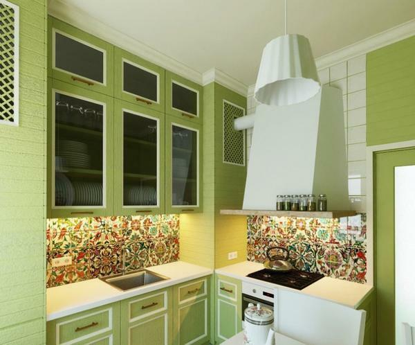 The combination of ceiling and wall colors: yellow and white, green and red, color, one color in the interior, photo