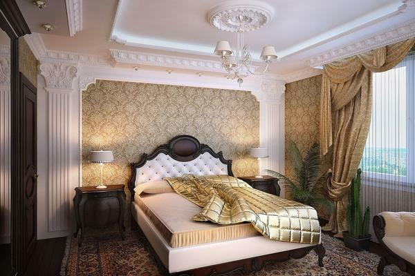 In the classic bedroom is often dominated by a golden color, which gives it a chic