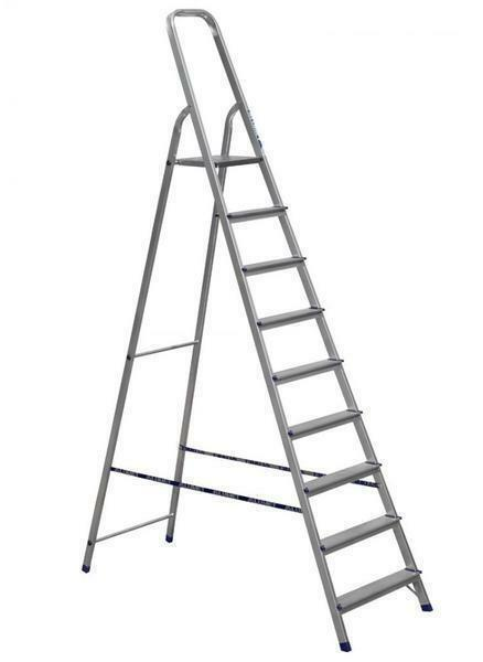 The main advantage of the aluminum ladder is the design load of more than 100 kg