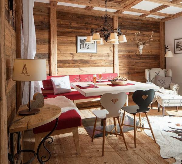Room decoration in the house photo: living room in the apartment, room options, beautiful lining and wood, materials and design