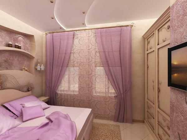 The most successful and winning bedroom will look, where the lilac color is combined with a light beige tint