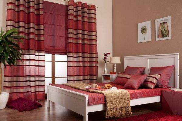 Most often for Roman blinds use cotton