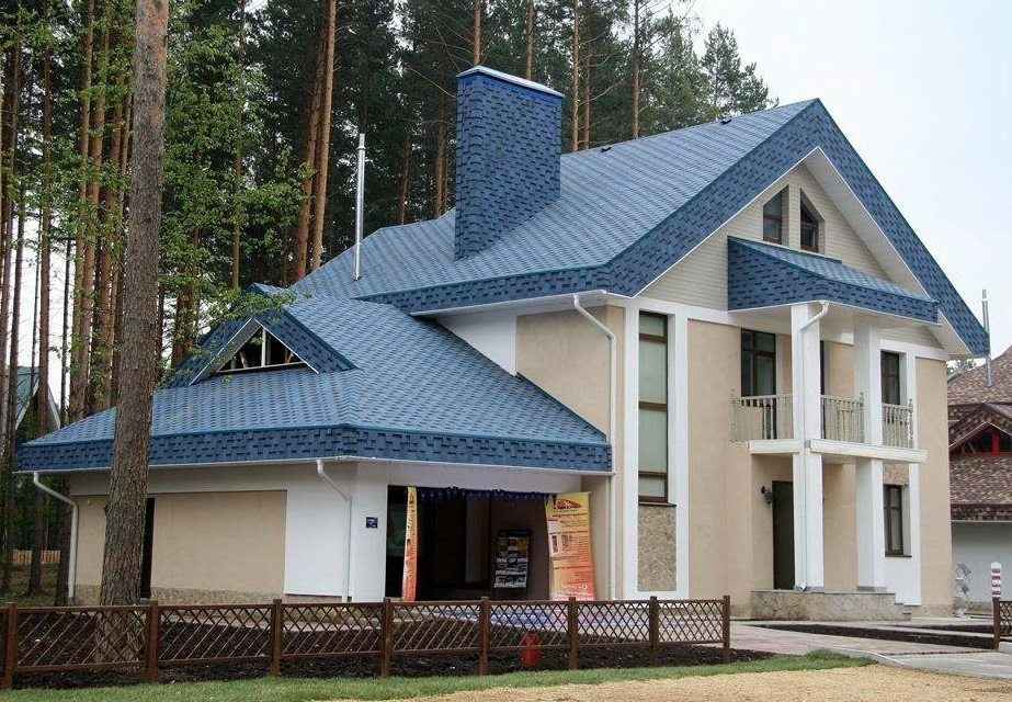 Materials for roofs of private houses: ceramic tile, and other, which one is better to choose a video, photo