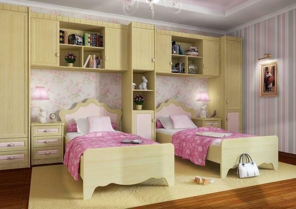 Do not forget about the personal space that every child requires. To do this, use the zoning of the bedroom, so that the children had their own space in the bedroom for two