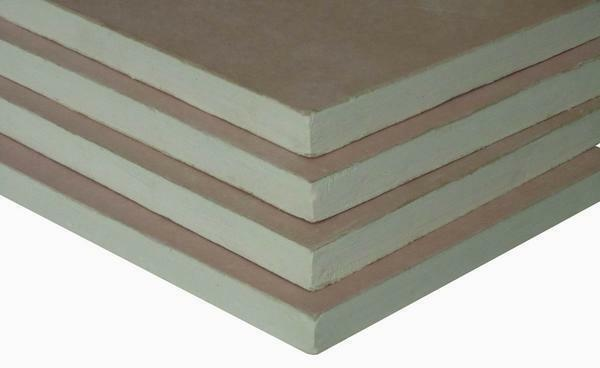 There are several types of plasterboard sheets, which should be chosen taking into account the characteristics of the room, where they will be used