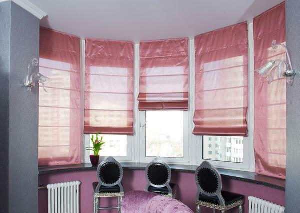 Roman blind is attached directly to the window frame and has a minimum thickness