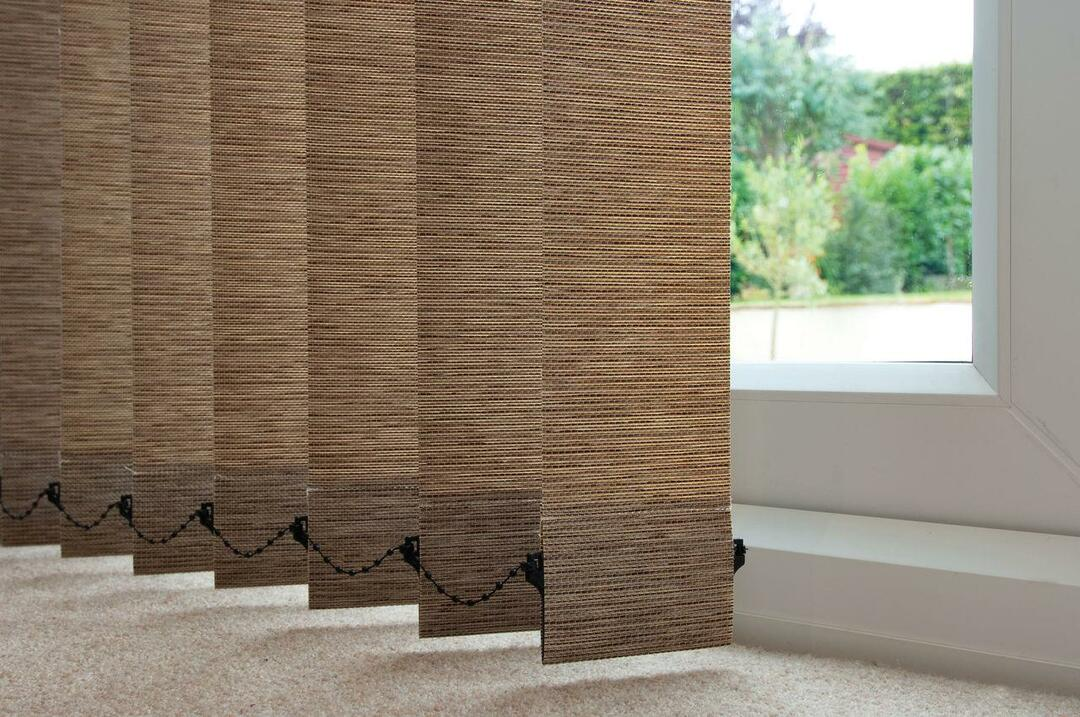 Vertical blinds: photo of the interior, beautiful curtains in the apartment, horizontal slats on the window