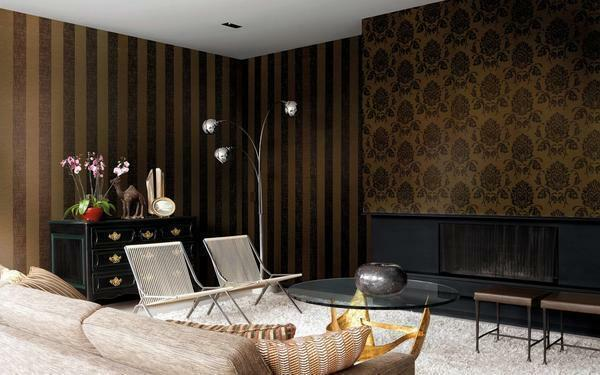 Textile wallpaper due to its velvety surface will create a special atmosphere in your living room