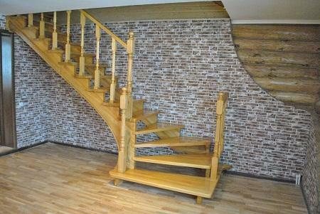 Staircase made of pine has good strength and attractive appearance