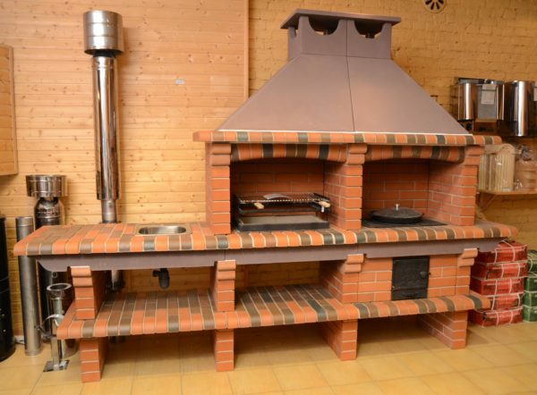 Brick oven barbecue combines the functions of a full summer kitchen.