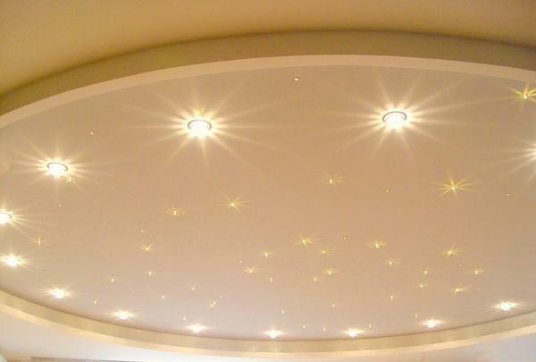 Increasingly popular are recessed luminaires on suspended ceilings