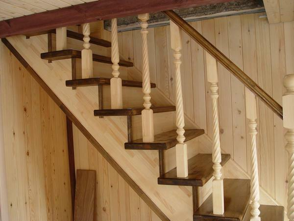 For the manufacture of stairs made of pine by their own hands, you need to purchase the raw material and varnish for surface treatment