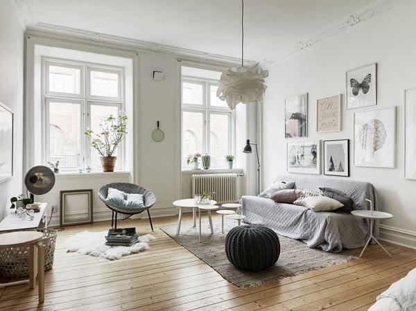 The main feature of Scandinavian style is the use of white in interior design