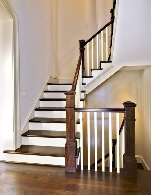 The staircase in the house, first of all, should be a safe construction