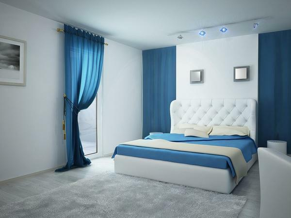 When decorating a bedroom in blue, special attention should be paid to textiles