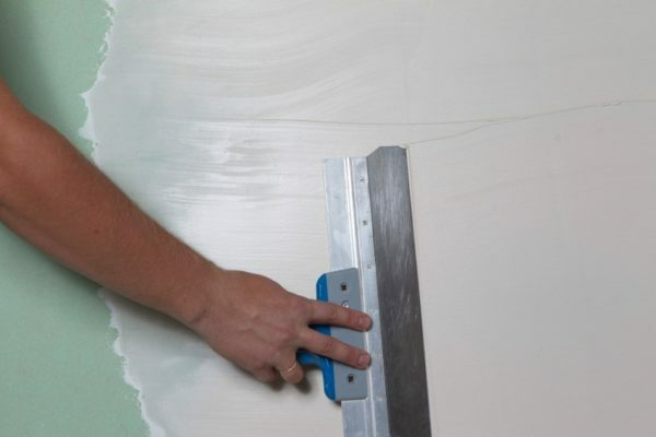 Seresit CT 126 can be applied over plasterboard