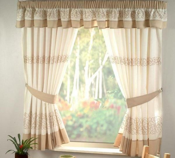 Curtains on small windows: in a wooden house, photo of curtains in a bath, decoration of narrow village windows, photo gallery