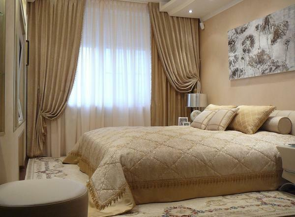 Design solutions for curtains photo: classic style, combined for bedroom, chiffon mustard color