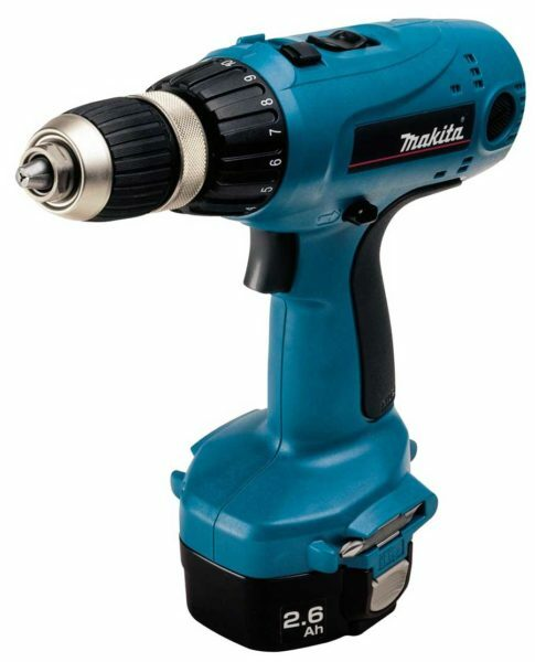 Cordless screwdriver allows you to cope with the tightening of screws is practically not making physical effort