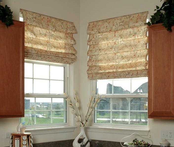 Roman blinds - a great way to decorate windows
