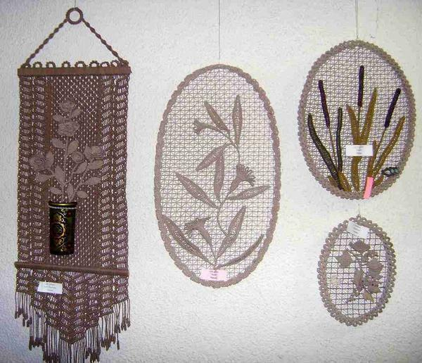In macrame, there are many techniques of weaving, which gives unlimited space for the manifestation of creativity