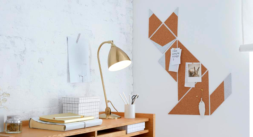 Cork board on the wall: a versatile organizer for the whole family