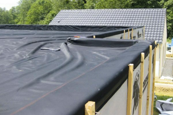 Coated EPDM-membrane roof can last more than half a century